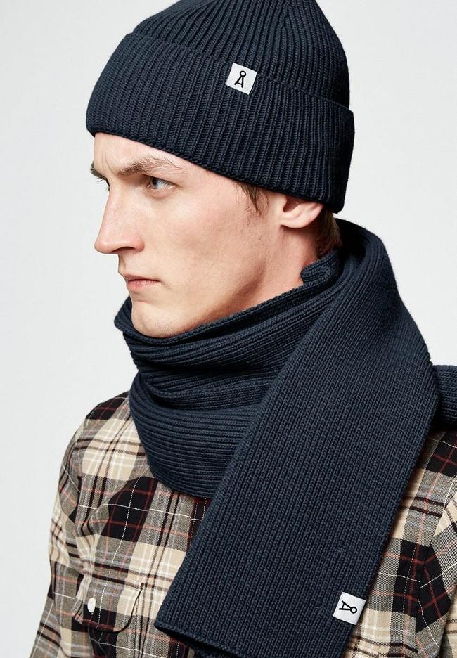Bonnet marine en coton et laine bio - maax - Armedangels num 1