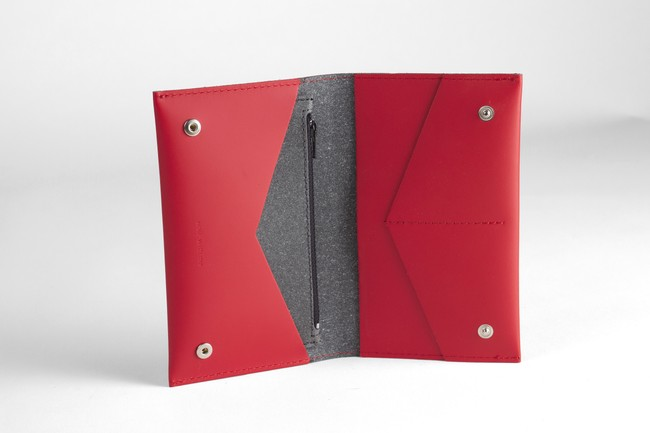 Portefeuille rouge en cuir recyclé - flat purse - Walk with me num 3