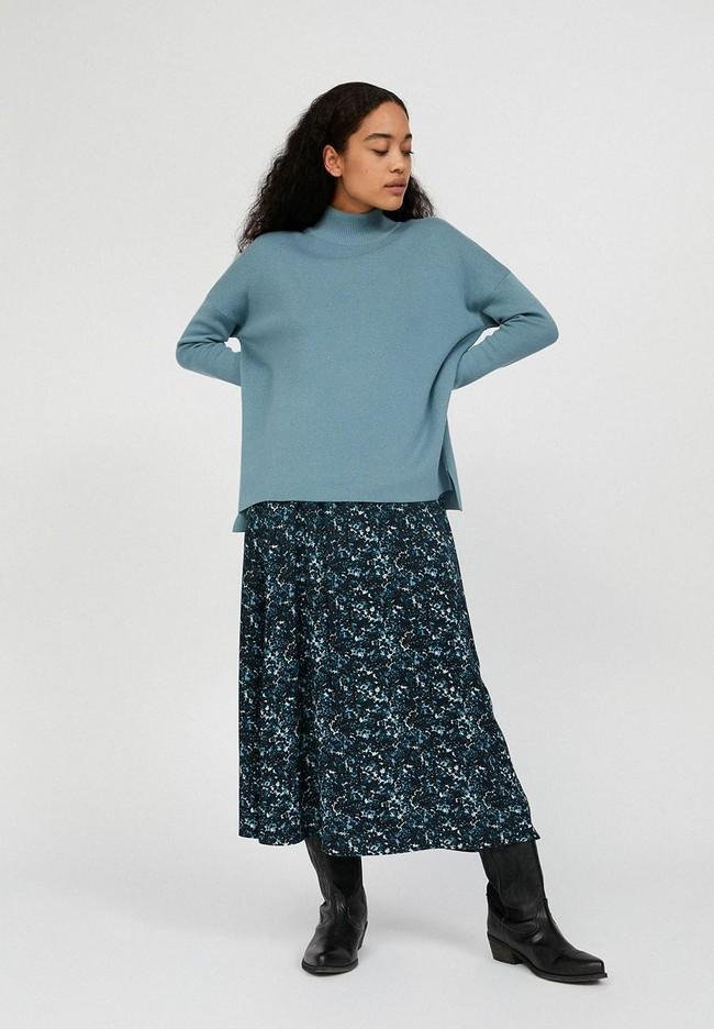 Pull ample à col cheminée bleu ciel en coton bio- yunaa - Armedangels num 1