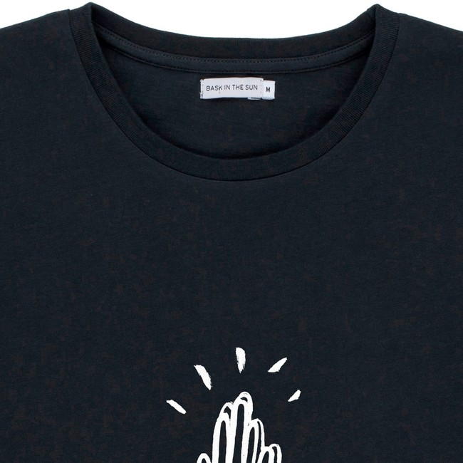 T-shirt en coton bio black high five - Bask in the Sun num 1