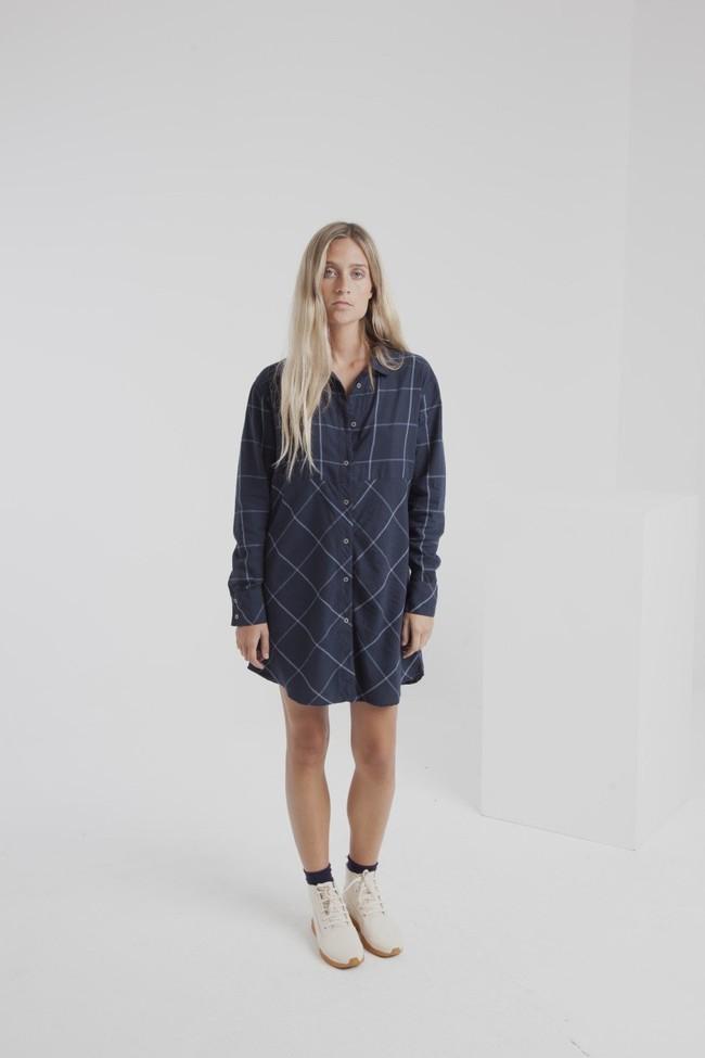 Robe chemise carreaux marine en coton bio - amanda - Thinking Mu num 3
