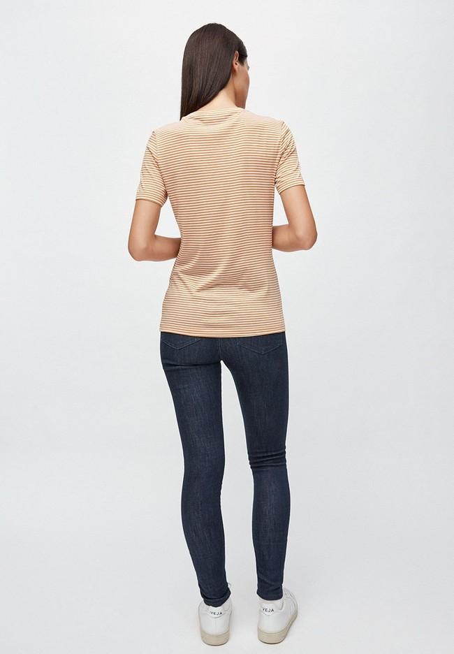 T-shirt rayures ocre en coton bio - lidaa - Armedangels num 3