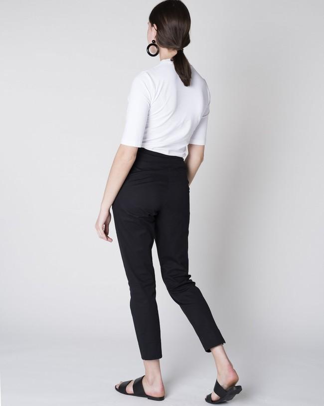Pantalon à pinces noir - page - Jan'n June num 4