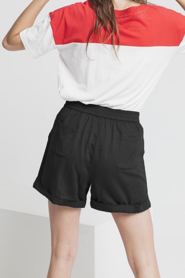 Short uni noir en coton bio - mamma - Thinking Mu num 2