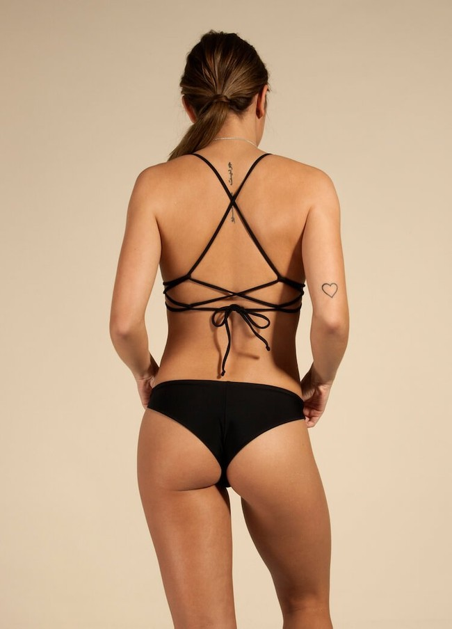Haut de bikini noir en polyamide recyclé - trinic - Ocealah num 2