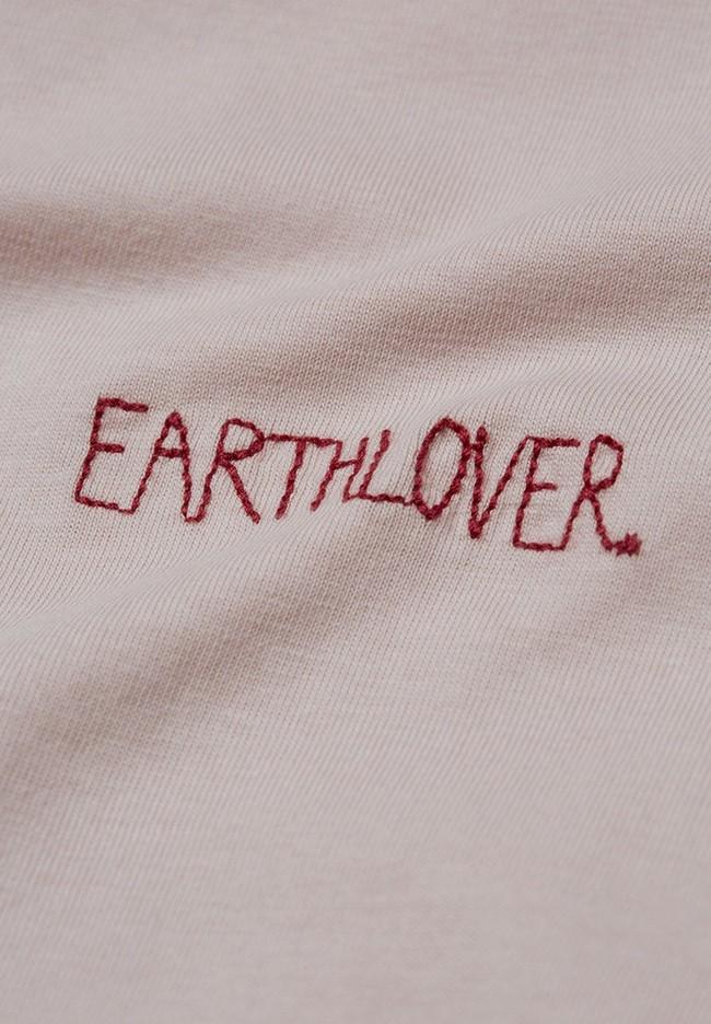 T-shirt brodé rose pâle en coton bio - maraa mindset - Armedangels num 1
