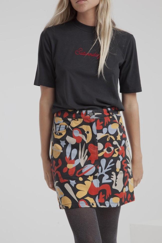 T-shirt noir en coton bio - saturnday - Thinking Mu num 2