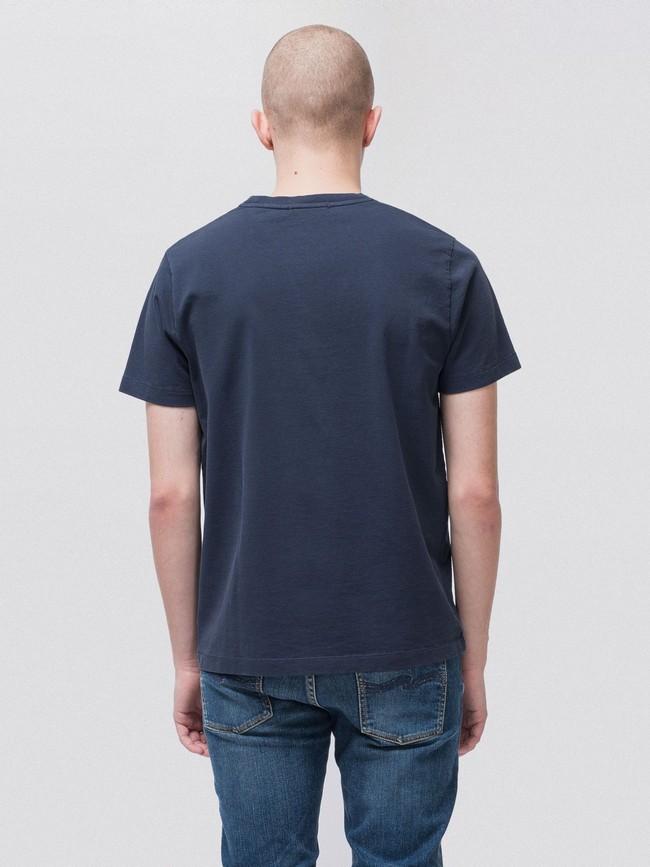 T-shirt bleu marine en coton bio - roy - Nudie Jeans num 1