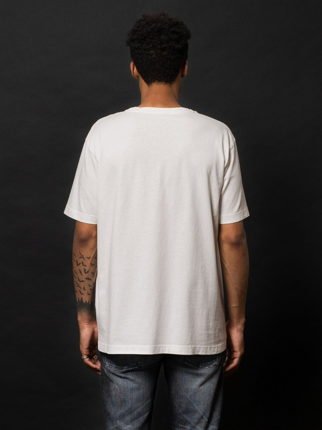 T-shirt ample blanc logo rose en coton bio - uno njco circle - Nudie Jeans num 2