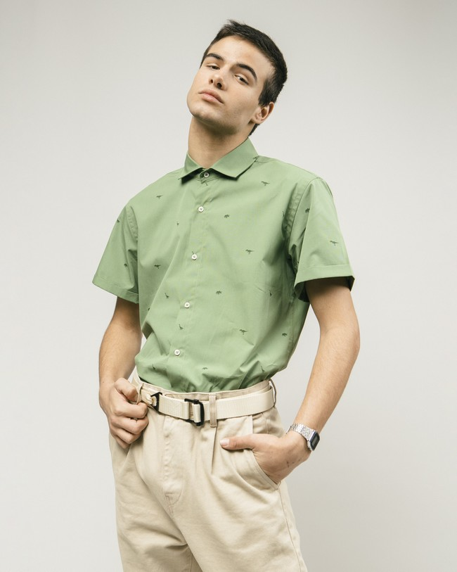 Green jurassic adventure printed shirt - Brava Fabrics