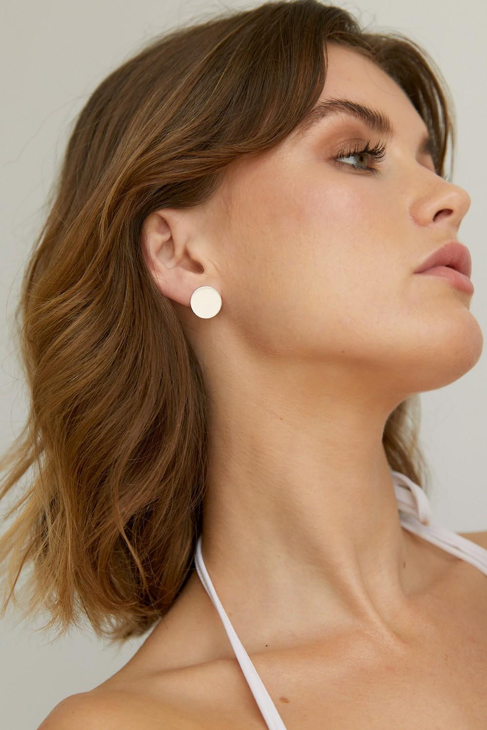 Boucles d'oreilles disque en argent recyclé - simple disc studs - Wild fawn