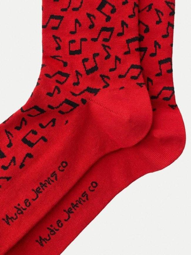 Chaussettes rouges à motifs en coton bio - olsson note - Nudie Jeans num 2