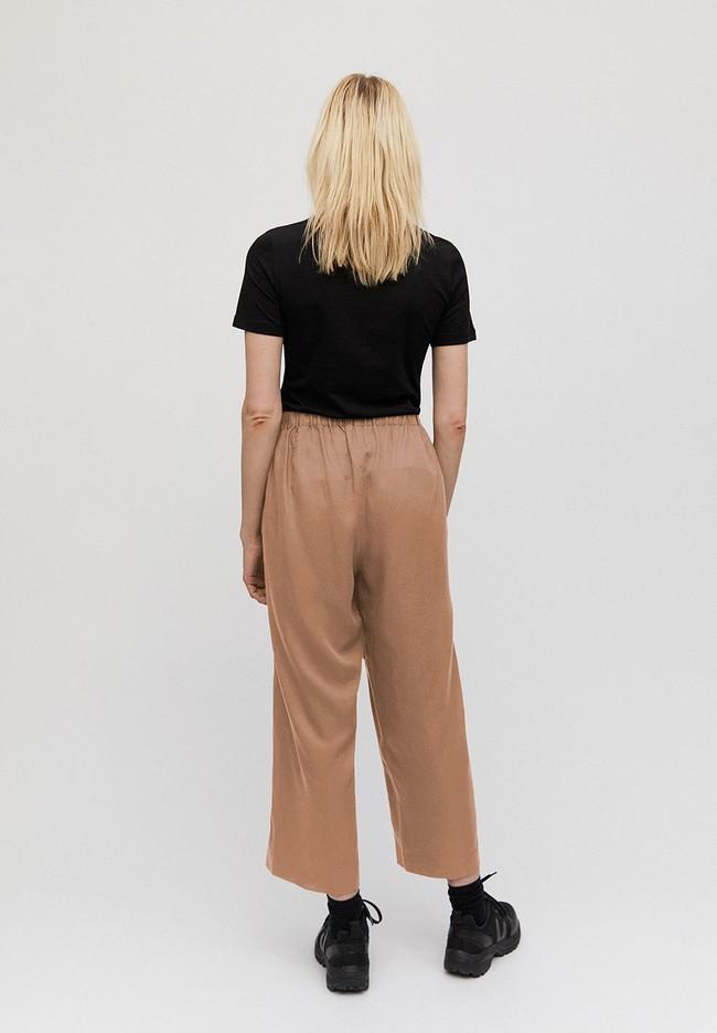 Pantalon ample camel en tencel - kamalaa - Armedangels num 2