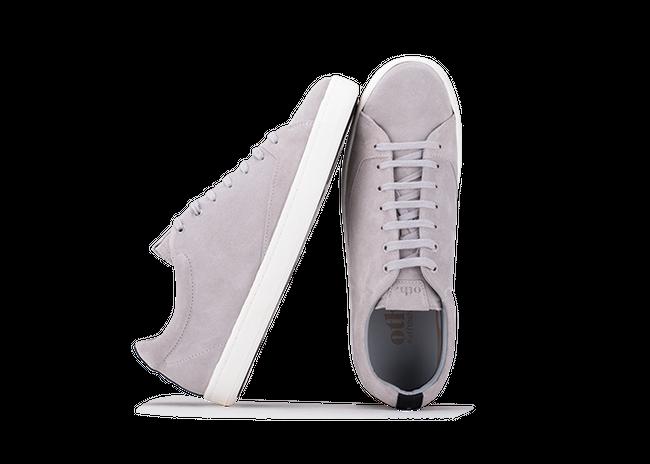 Chaussure en gravière suède gris clair semelle blanc Oth