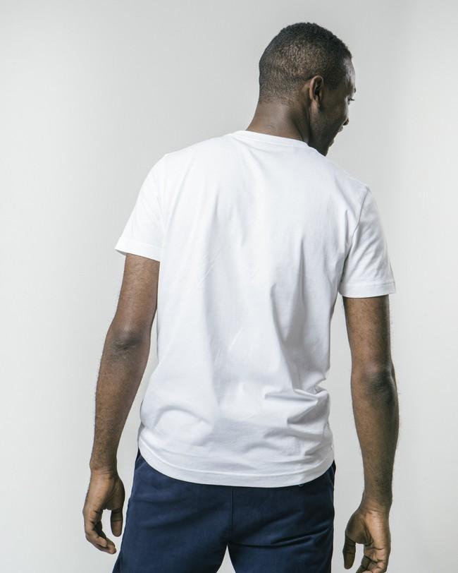 Nomad coffee x brava t-shirt - Brava Fabrics num 5