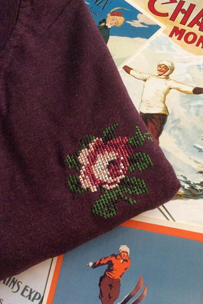 T-shirt brodé prune en coton bio - rose - Johnny Romance num 1
